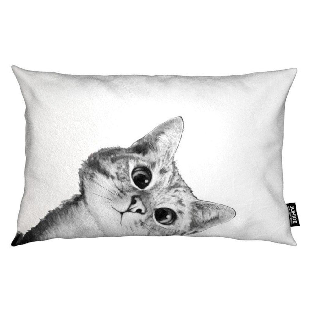 Juniqe Dekokissen »Sneaky Cat«, Weiches, allergikerfreundliches Material