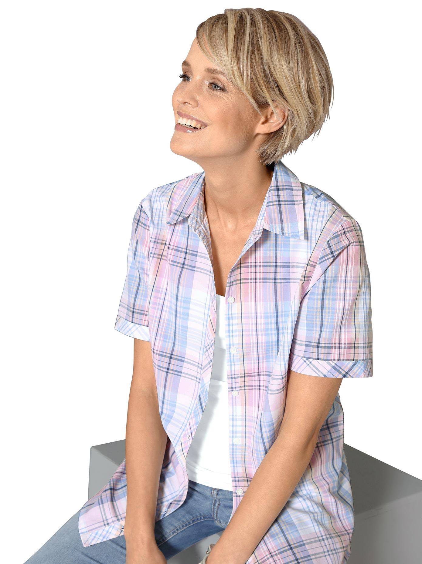 Classic Basics Bluse mit durchgehender Knopfleiste
