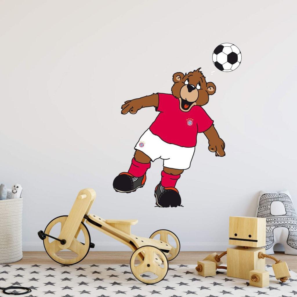 Wall-Art Wandtattoo »Fußball Berni Kopfball«
