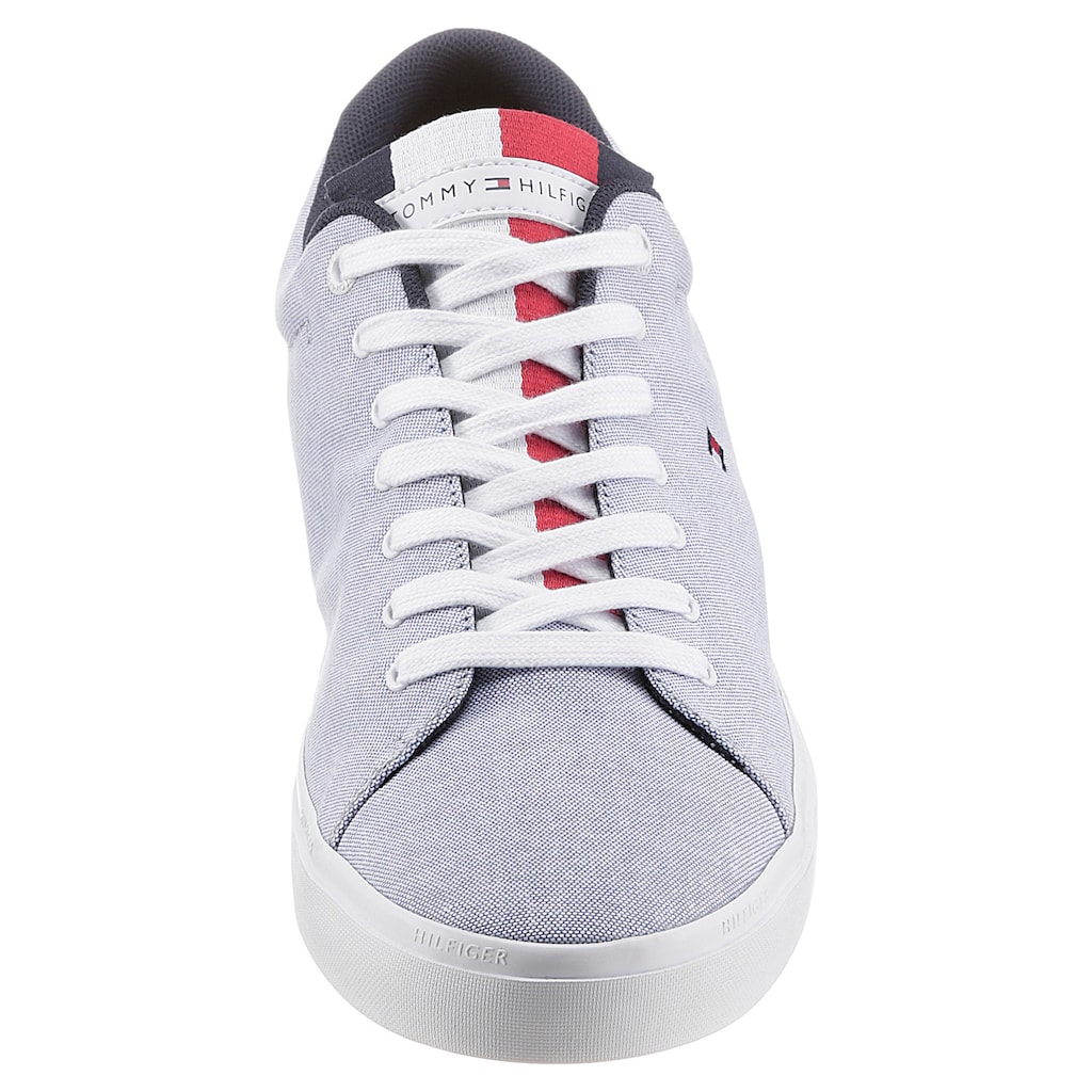 Tommy Hilfiger Sneaker »ESSENTIAL CHAMBRAY VULCANIZED«, mit Logoflag