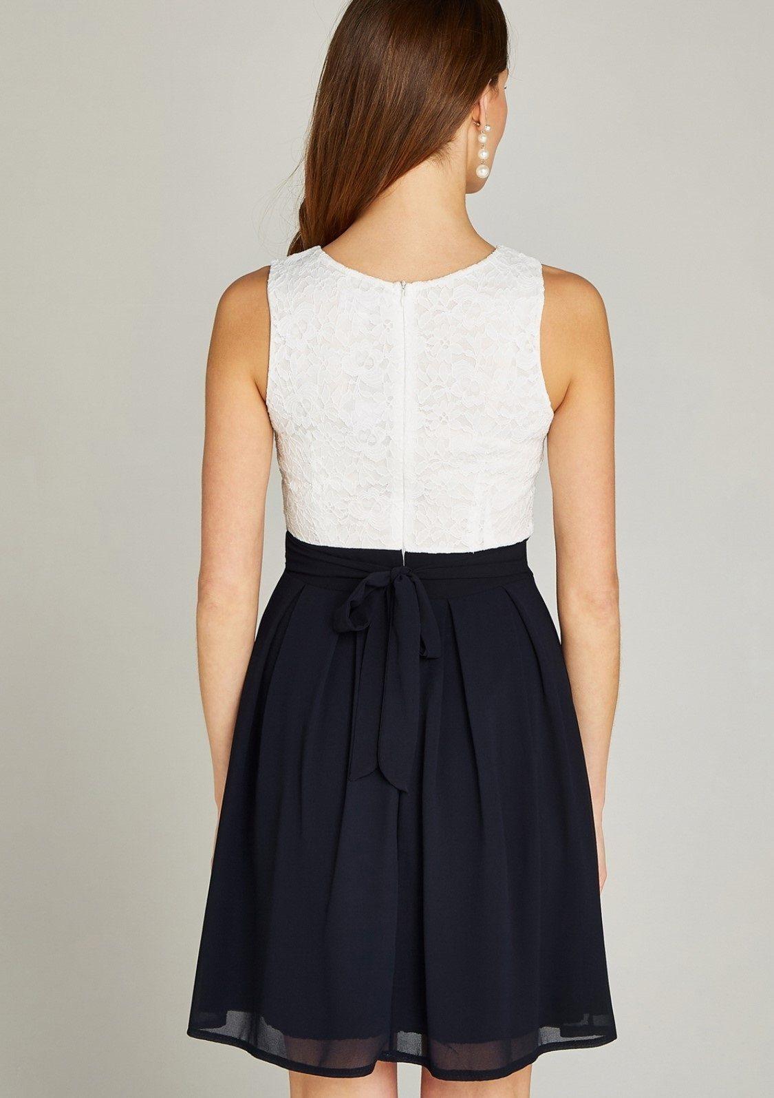 apricot -  Partykleid Lace Top Colour Block Skater Dress, im Colour Block Dessin
