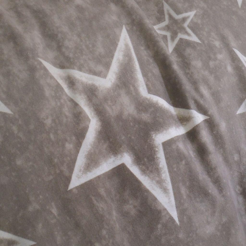 BETTWARENSHOP Bettwäsche »Sterne taupe«, warme weiche Kuschelsterne