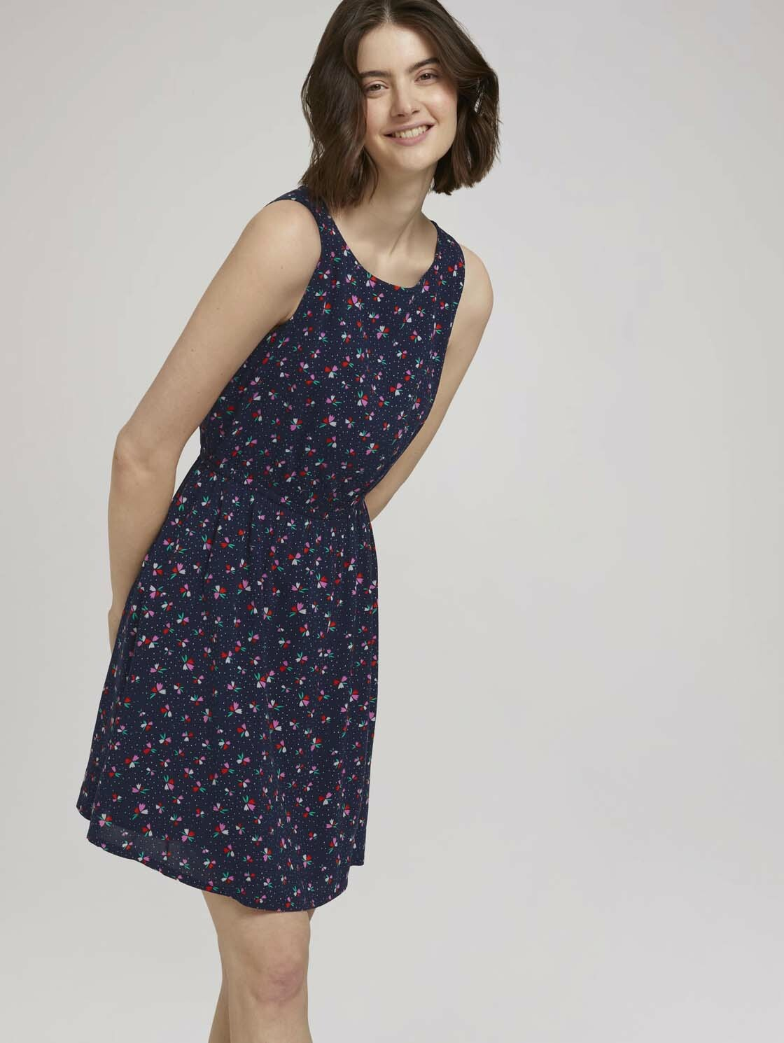 tom tailor denim -  Minikleid Ärmelloses Minikleid mit Blumenmuster