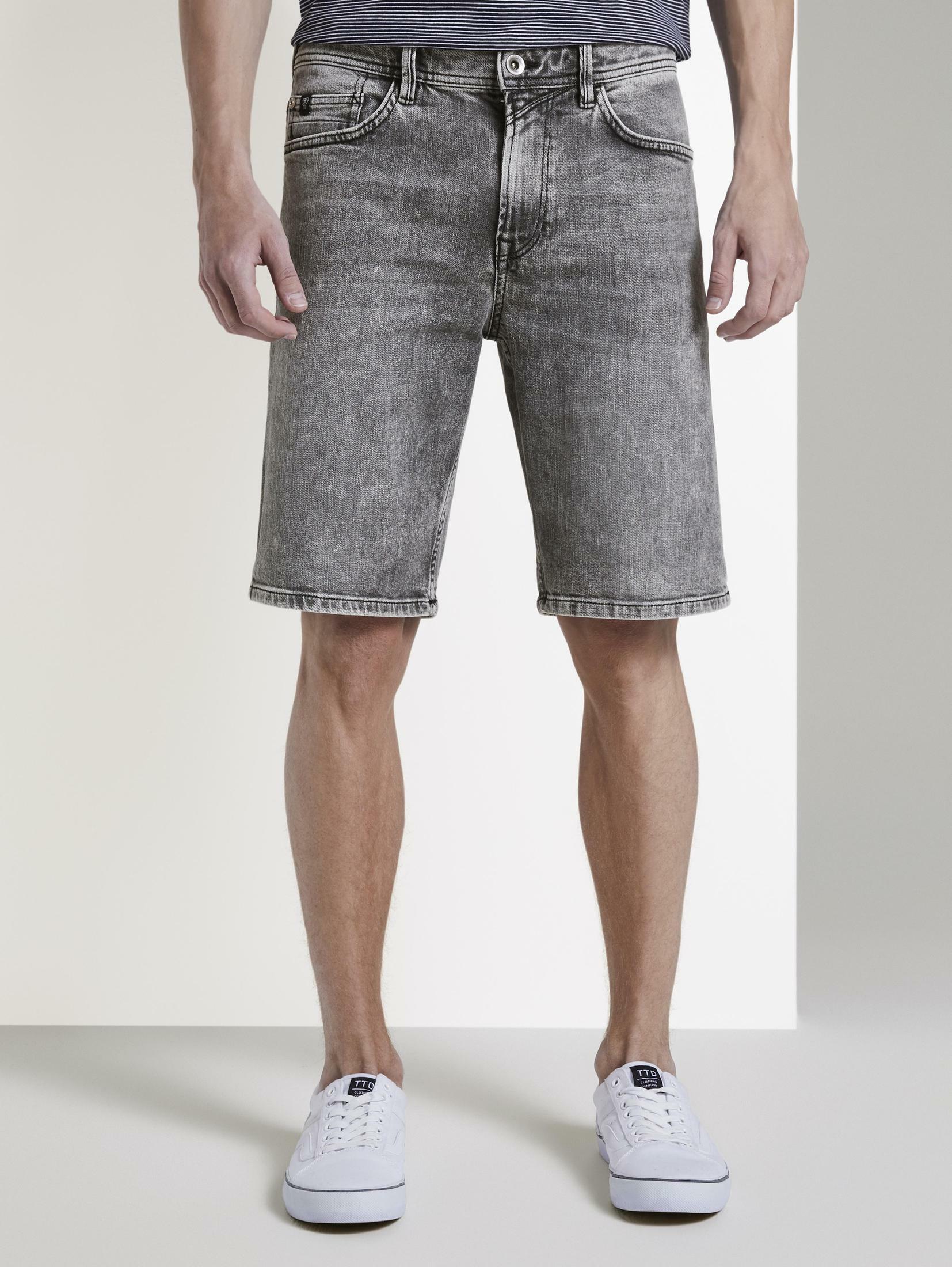 TOM TAILOR Denim Jeansbermudas Loose Fit Jeansshort in 90er Waschung | Bekleidung > Jeans > Loose Fit Jeans | Tom Tailor Denim