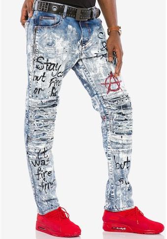 Cipo & Baxx Slim-fit-Jeans, im coolen Destroyed-Look n Straight Fit kaufen