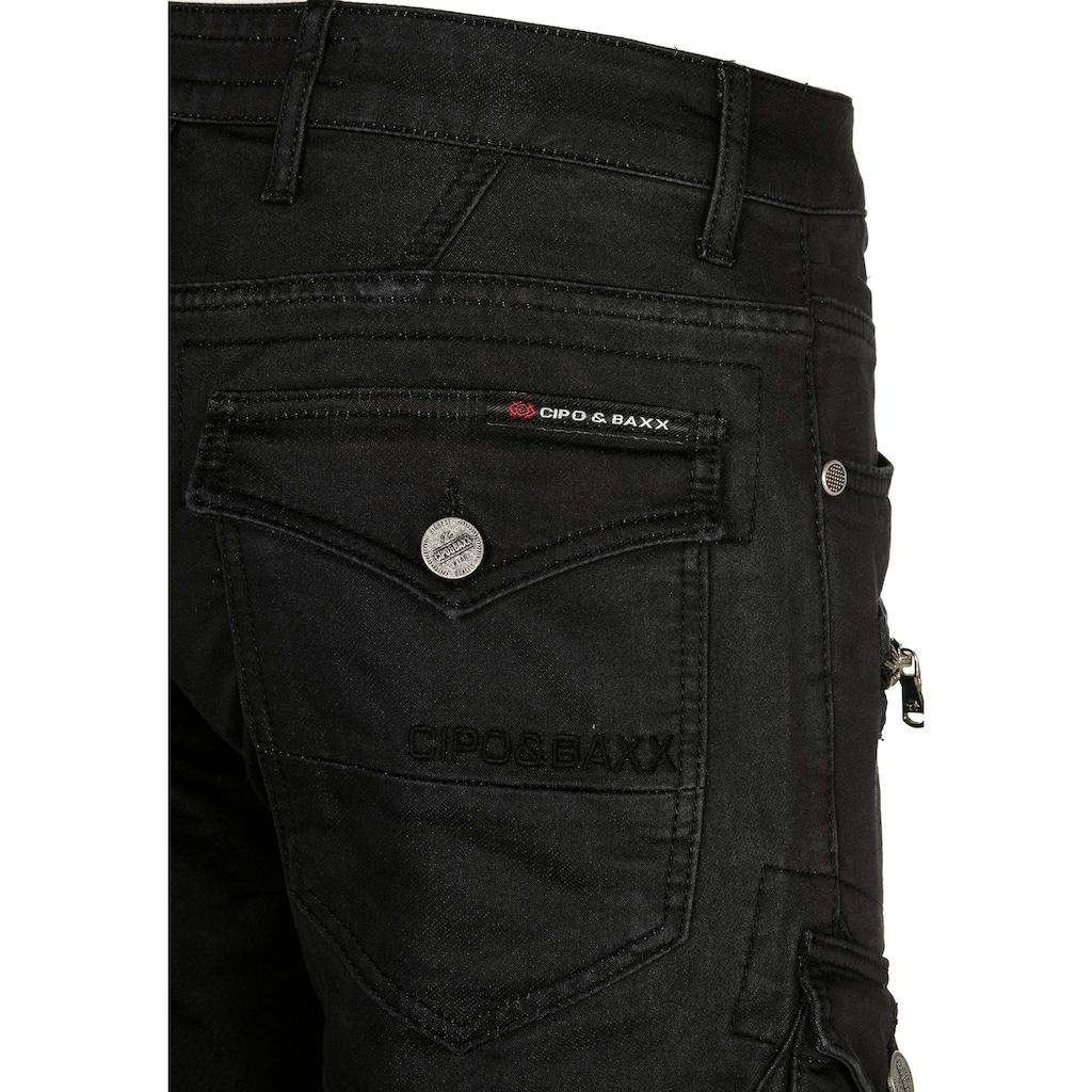 Cipo & Baxx Cargohose, im angesagten Biker-Stil