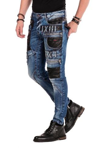 Cipo & Baxx Bequeme Jeans, mit Kunstleder-Applikationen in Straight Fit kaufen