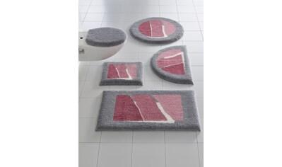Badgarnitur mit modernen Streifen kaufen