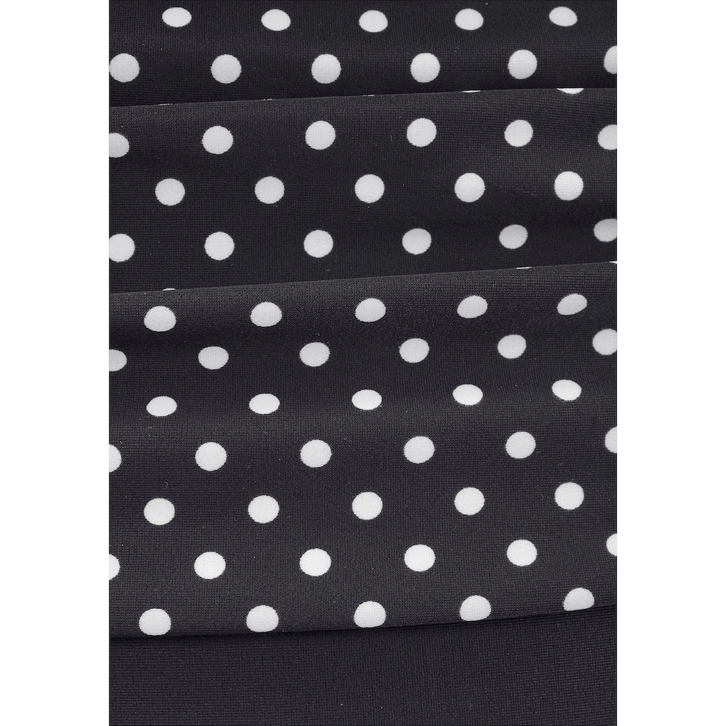 LASCANA Badeanzug »Merilyn«, im eleganten Design
