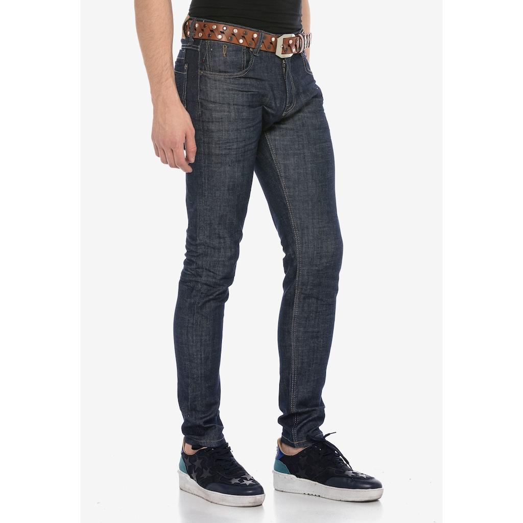 Cipo & Baxx Slim-fit-Jeans, im klassischen Straight Fit Schnitt