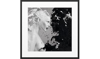 Wandbild »Schwarz & Weiß Zwei Frauen  -  Gerahmtes Bild« kaufen