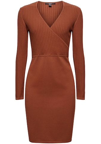 Esprit Collection Strickkleid, in figurschmeichelnder Form kaufen