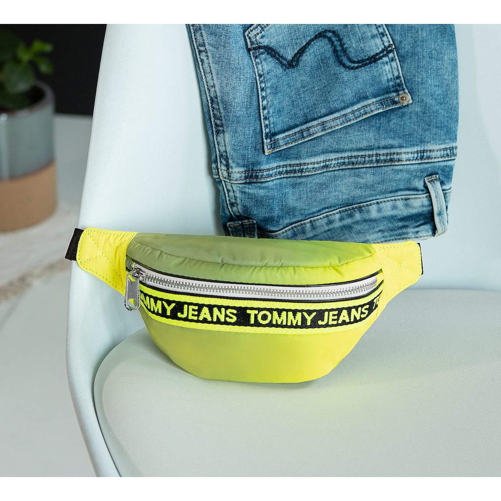 TOMMY JEANS Bauchtasche »Mini Logo Bumbag Reflect«, als Bauchtasche oder Crossover tragbar