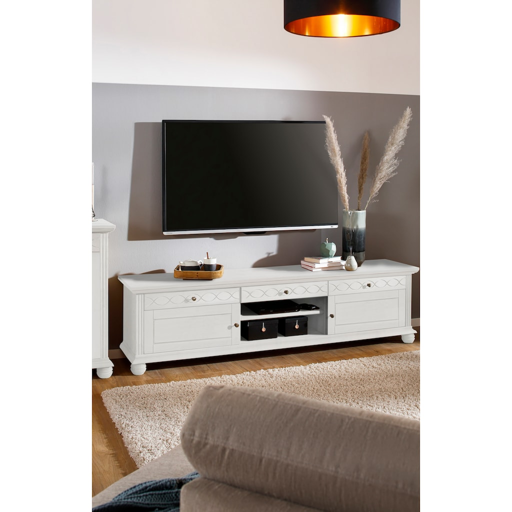 Home affaire Lowboard »Benevento«, aus Kiefer massiv, mit Metallgriffe, Breite 193,5 cm