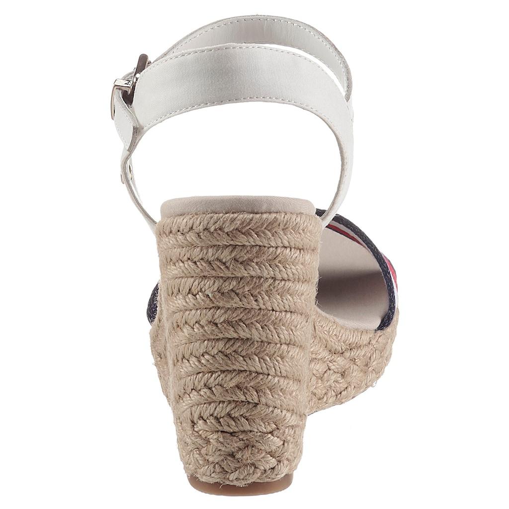 Tommy Hilfiger High-Heel-Sandalette »SHIMMERY RIBBON HIGH WEDGE«, mit gestreifter Bandage