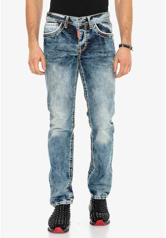 Cipo & Baxx Bequeme Jeans, mit Kontrastnähten in Straight Fit kaufen