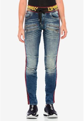 Cipo & Baxx Slim-fit-Jeans, mit trendigen Seitenstreifen kaufen