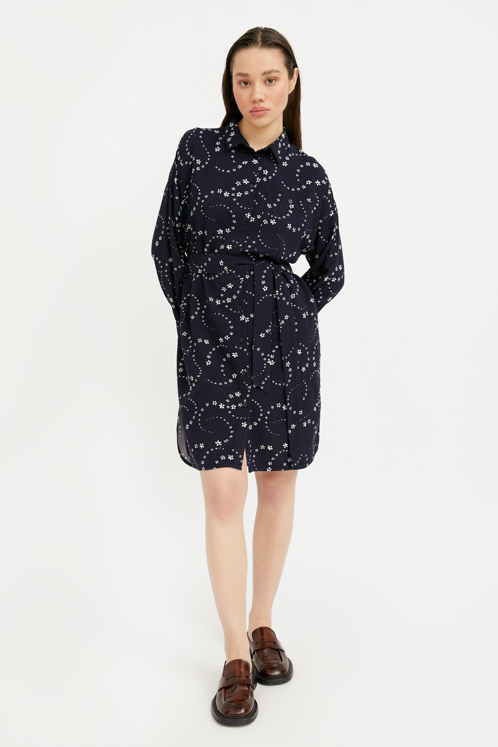finn flare -  Jerseykleid, mit dem Stoffgürtel