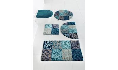Badgarnitur mit elegantem Muster kaufen