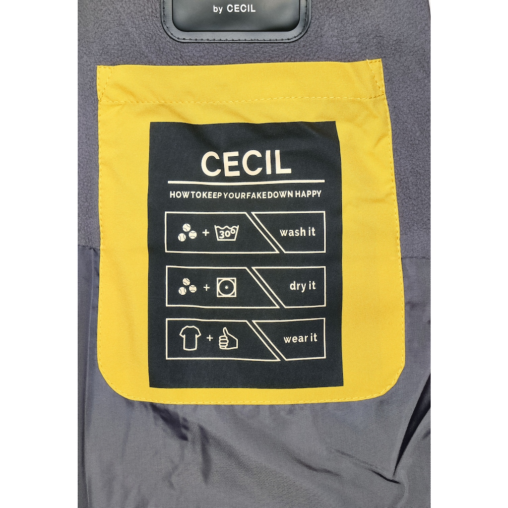 Cecil Steppmantel, wattiert