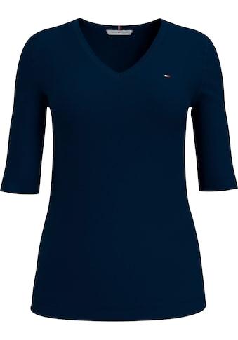 Tommy Hilfiger V-Shirt »TH ESS SOLID V-NK TOP 1/2 SLV«, mit Tommy Hilfiger Logo-Flag... kaufen