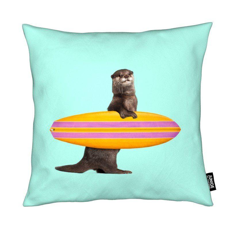 Dekokissen Surfing Otter Juniqe