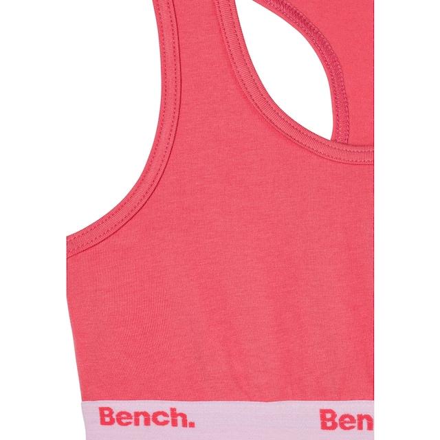 Bench. Bustier