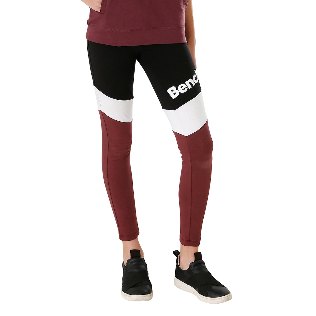 Bench. Leggings, in schönen Kontrastfarben