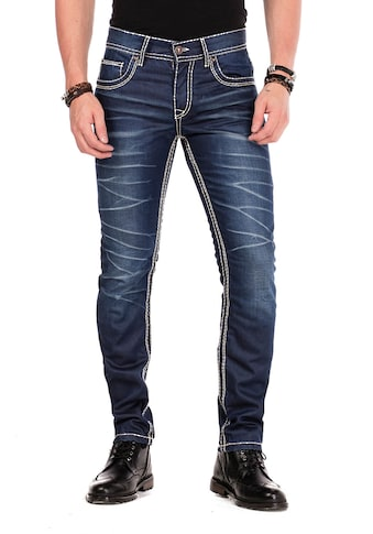 Cipo & Baxx Slim-fit-Jeans, mit scharfen Waschdetails in Straight Fit kaufen