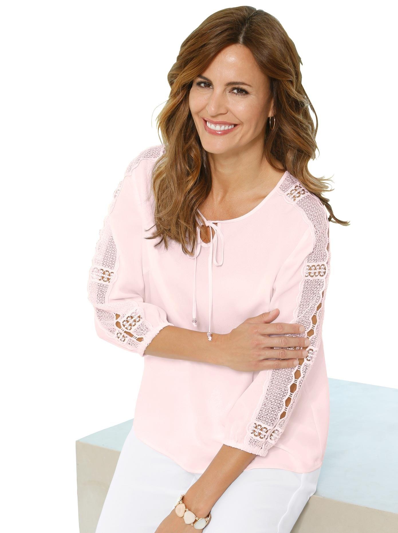 Lady Bluse mit breiter hochwertiger Spitzenbordüre