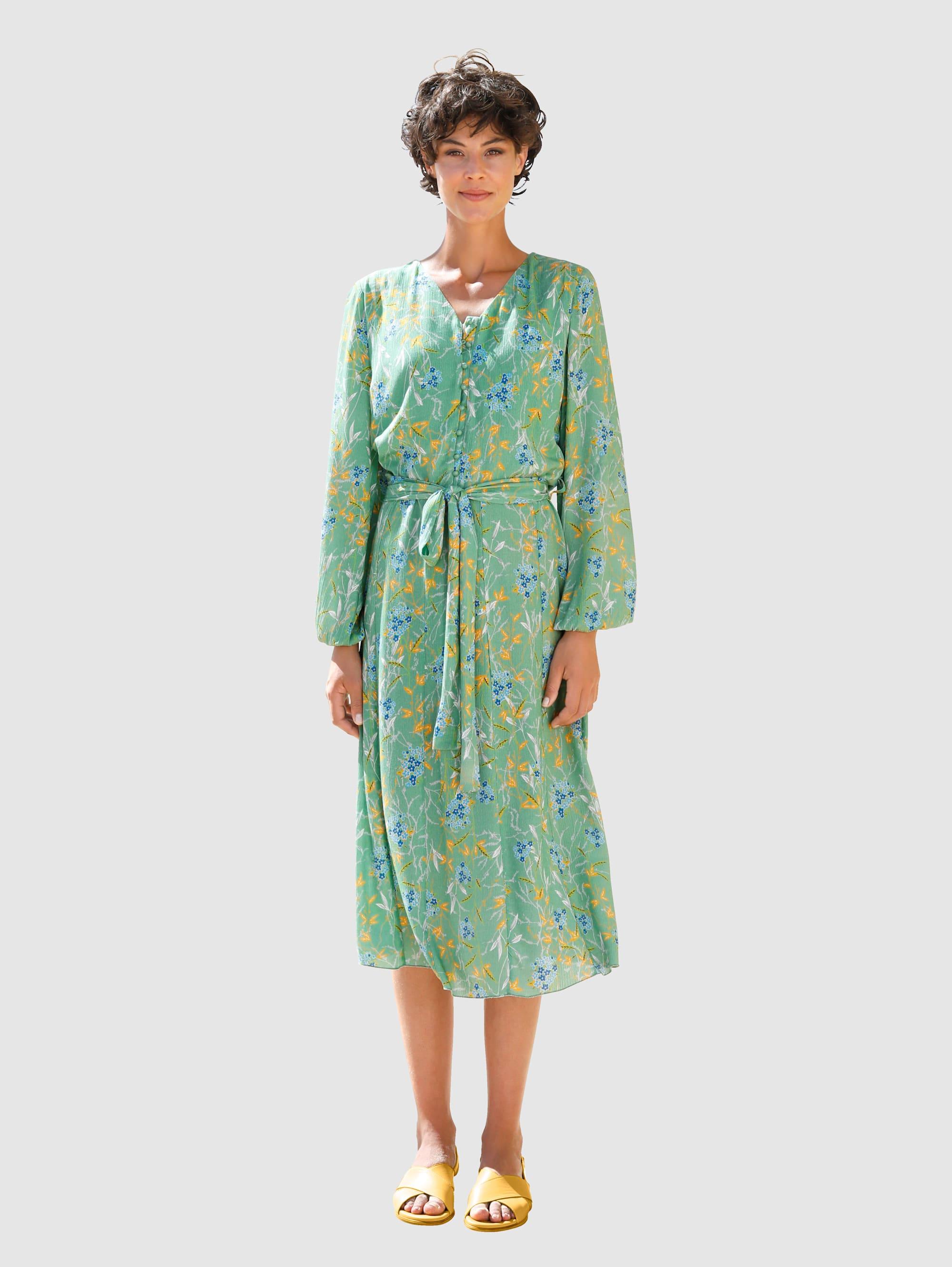dress in -  Sommerkleid, mit Bindegürtel