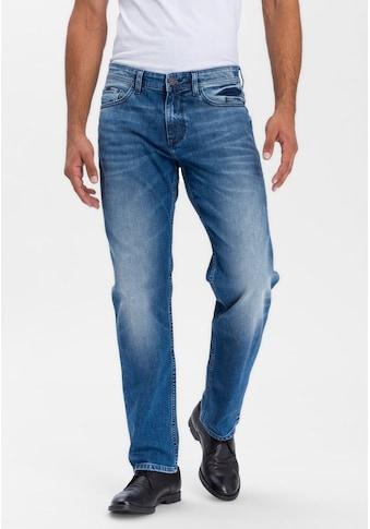 Cross Jeans® Relax-fit-Jeans »Antonio«, Besonderes Stitching an den Gesäßtaschen kaufen