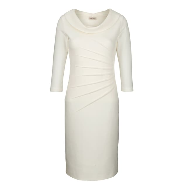 Alba Moda Kleid in figurbetonter Form