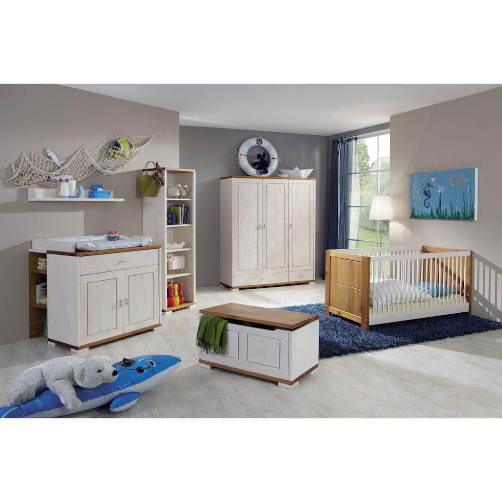 Fantasykids Babyzimmer-Komplettset, (Set, 7 St., Bett + Wickelkommode + 1x Unterbauregal + 3-trg. Schrank + Strandregal + Deckeltruhe + Wandboard)
