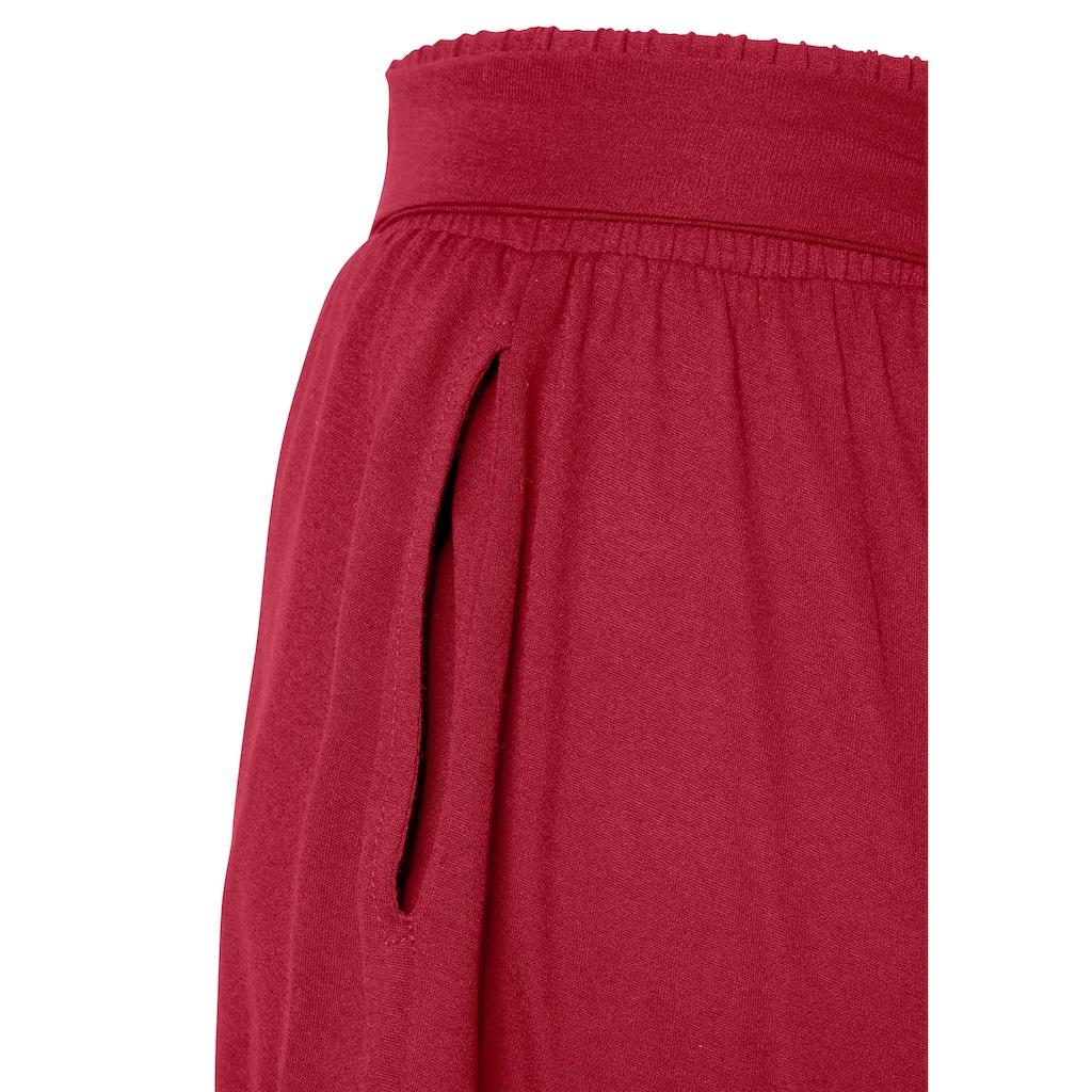 LASCANA Shorts, in weiter Form mit Bindeband