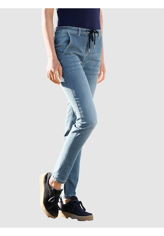 Dress In Boyfriend-Jeans, im Boyfriendstil kaufen