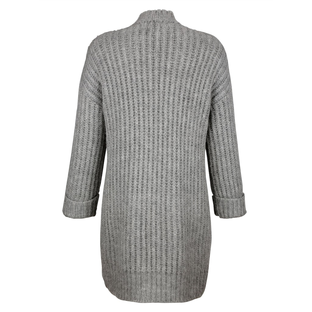 Dress In Strickjacke, in offener Form