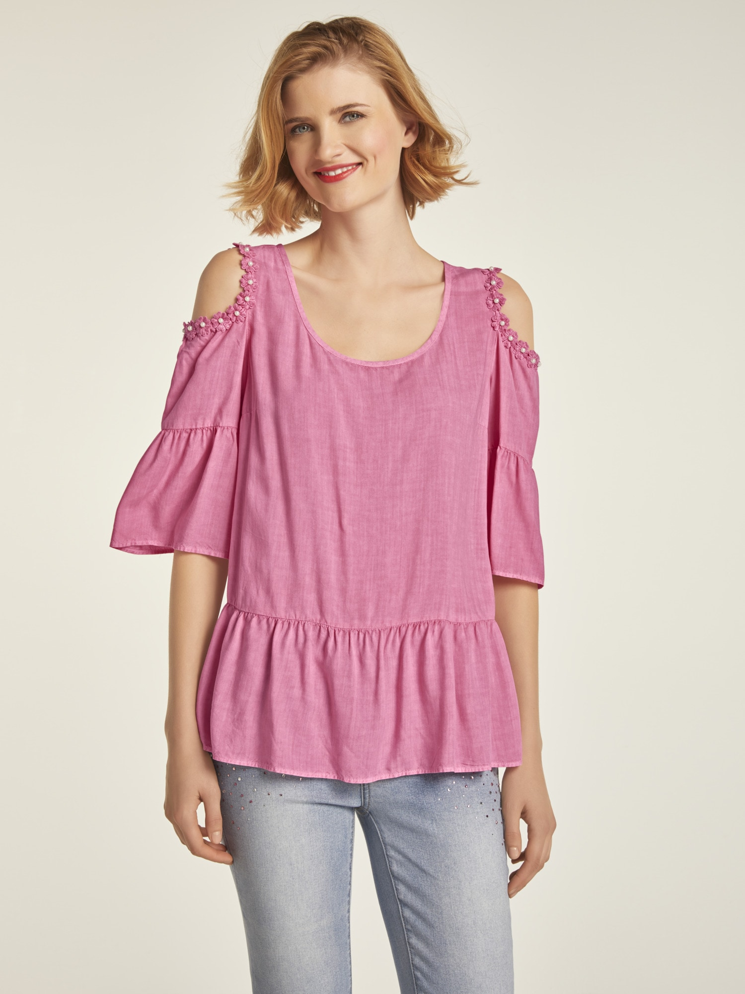 heine CASUAL Bluse mit dekorativen Cut-Outs