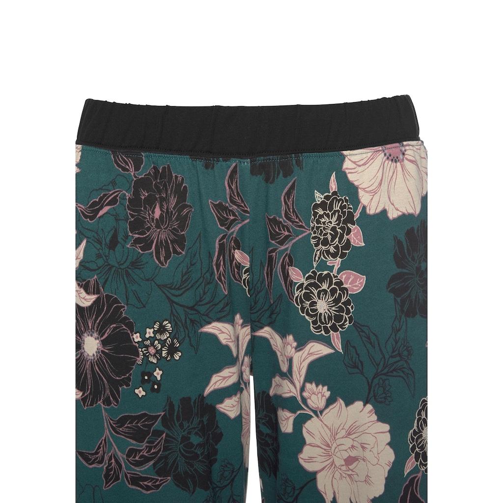 s.Oliver Bodywear Capri-Pyjama, mit geblümter 3/4-Culotte