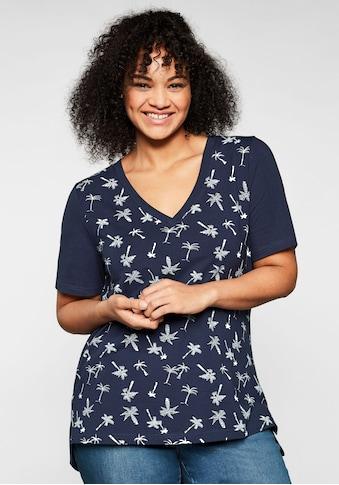 Sheego T-Shirt, mit tiefem V-Ausschnitt und Palmenprint vorn kaufen