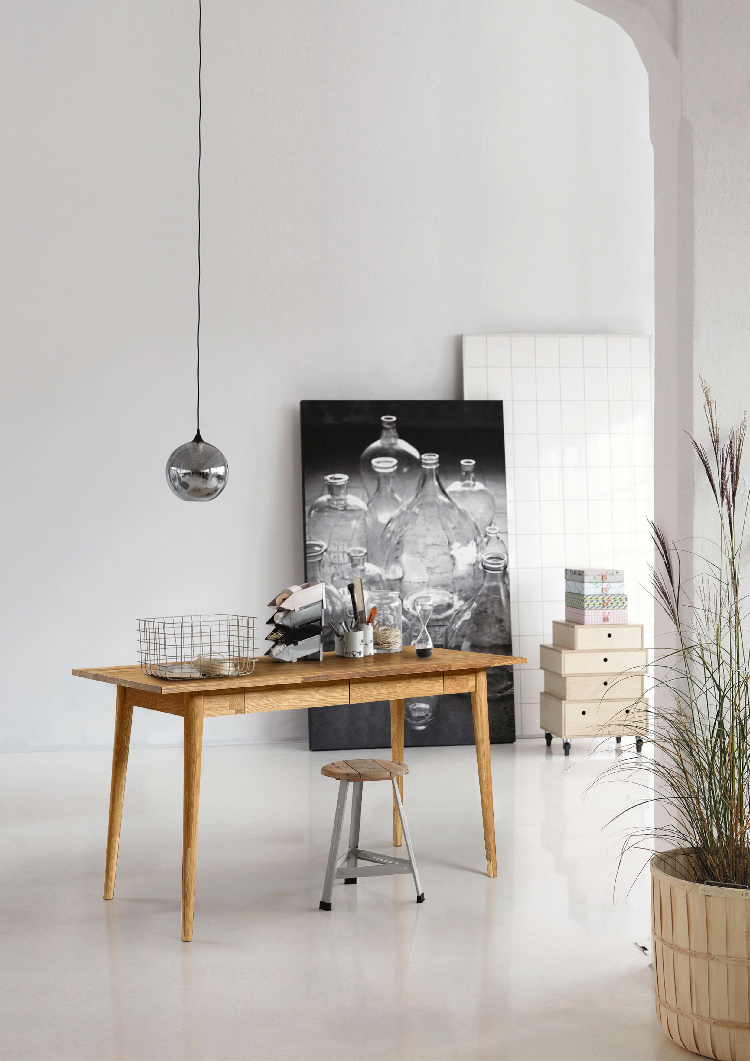 Home affaire Schreibtisch Scandi aus massiver Eiche mit zwei Schubkästen Breite 140 cm