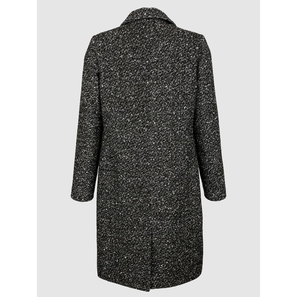Dress In Wollmantel