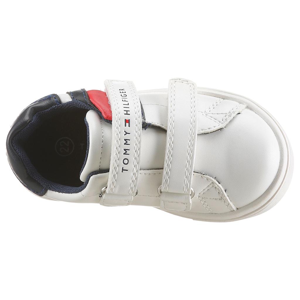 TOMMY HILFIGER Sneaker, mit farbigem Einsatz