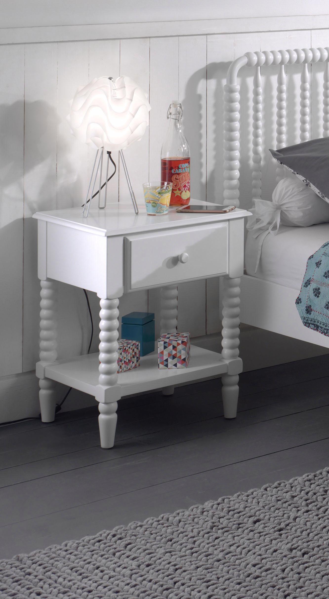 Vipack Nachttisch Alana Massivholz mit MDF-Oberfläche | Schlafzimmer > Nachttische | Weiß | Vipack