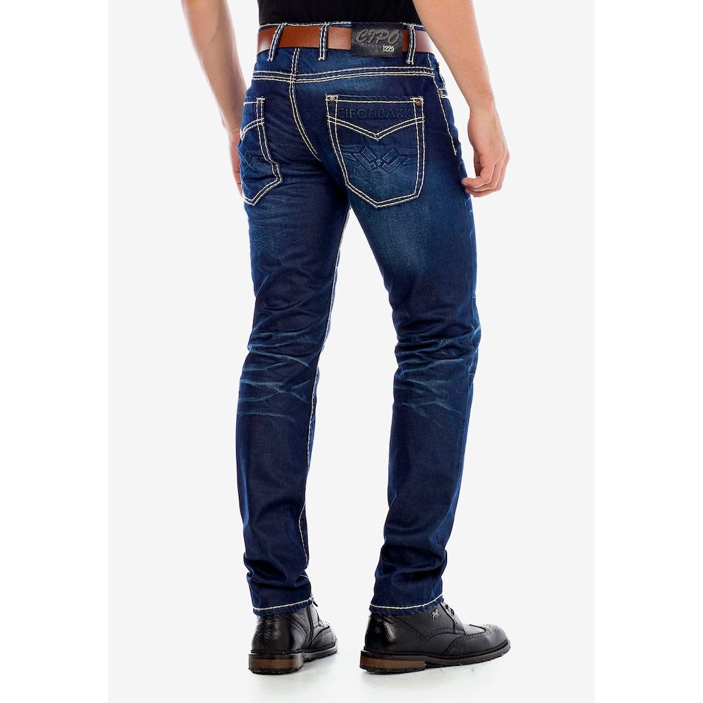 Cipo & Baxx Slim-fit-Jeans, mit scharfen Waschdetails in Straight Fit