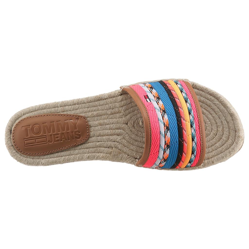 Tommy Jeans Pantolette »COLORED LACES FLAT SANDAL«, mit Bastbezug