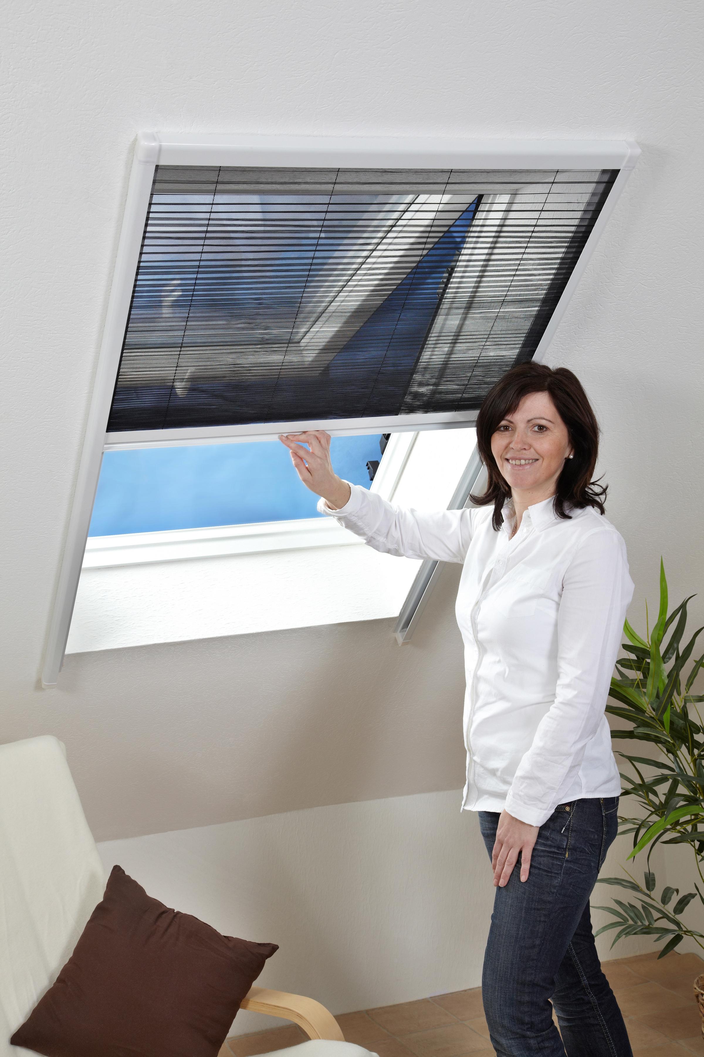 hecht international Insektenschutz-Dachfenster-Rollo, weiß/schwarz, BxH: 160x180 cm weiß Insektenschutzfenster Insektenschutz Bauen Renovieren Insektenschutz-Dachfenster-Rollo
