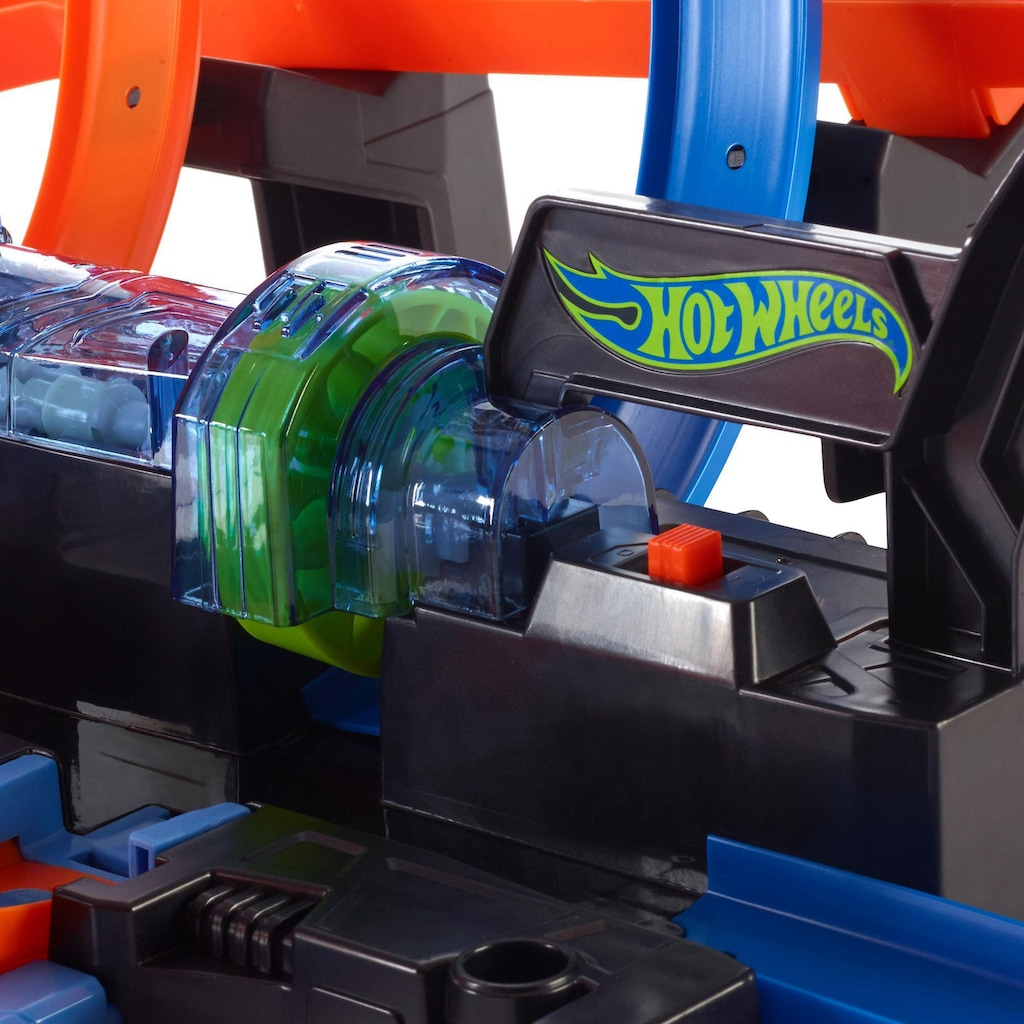 Hot Wheels Autorennbahn »Korkenzieher-CrashTrackset«, inklusive 1 Spielzeugauto