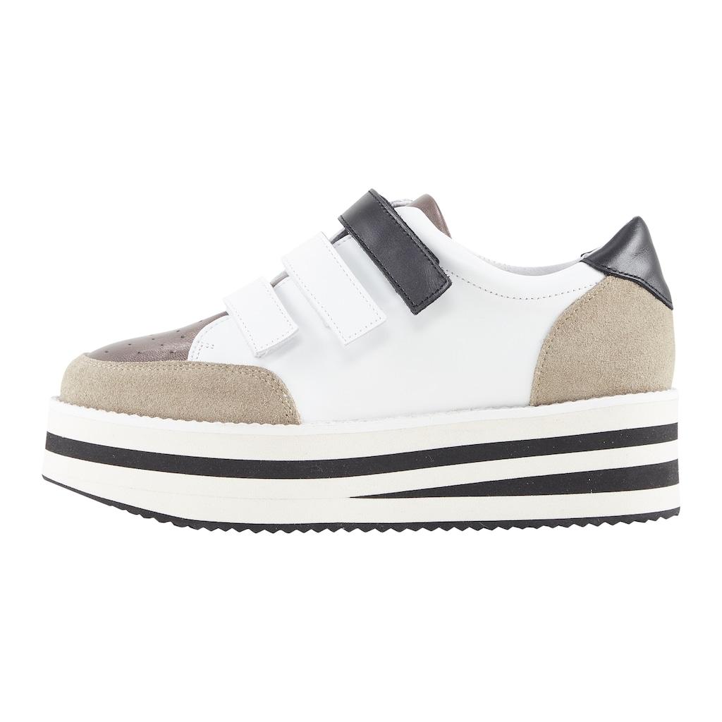 Sneaker mit Plateau-Sohle