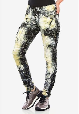 Cipo & Baxx Straight-Jeans, mit trendigen Cargotaschen kaufen